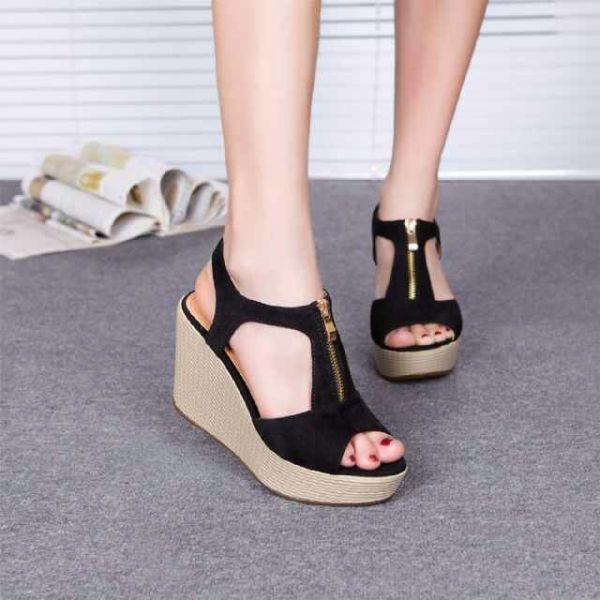Sepatu Sandal Wedges Hitam Model Terbaru & Murah