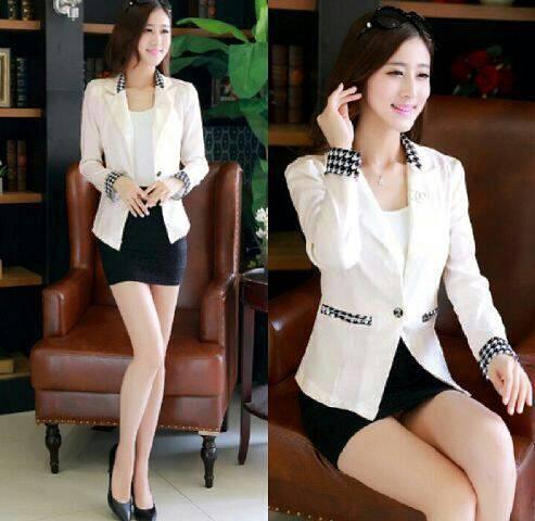 Blazer Putih Wanita Korea Cantik Model Terbaru & Murah
