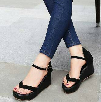 Sandal Wedges Jepit Wanita Cantik Model Terbaru & Murah