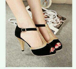 Sepatu Sandal High Heels Hitam Cantik Model Terbaru & Murah
