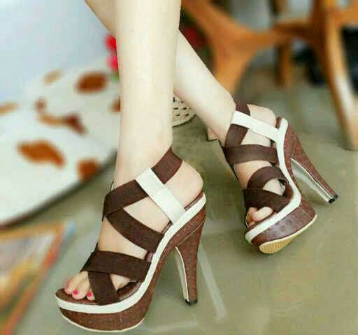 Sepatu Sandal High Heels Kayu Model Terbaru & Murah
