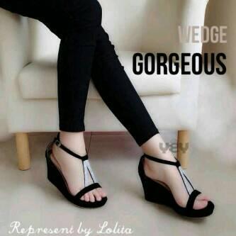 Sandal Wedges Hitam Cantik Model Terbaru & Murah