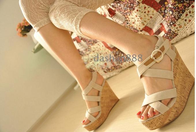 Sandal Wedges Tali Silang Cantik Model Terbaru & Murah