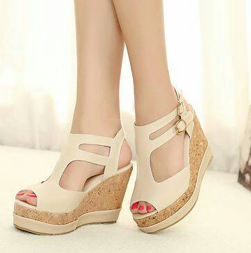 Sandal Wedges Warna Cream Cantik Model Terbaru & Murah