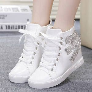 Sepatu Kets Boots Putih Wanita Model Terbaru Murah & Cantik