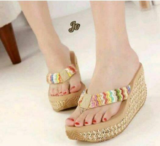 Sandal Wedges Cantik Rajut Cream Terbaru & Murah