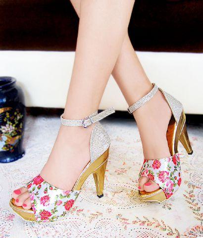 Sepatu Sandal High Heels Murah Terbaru & Cantik