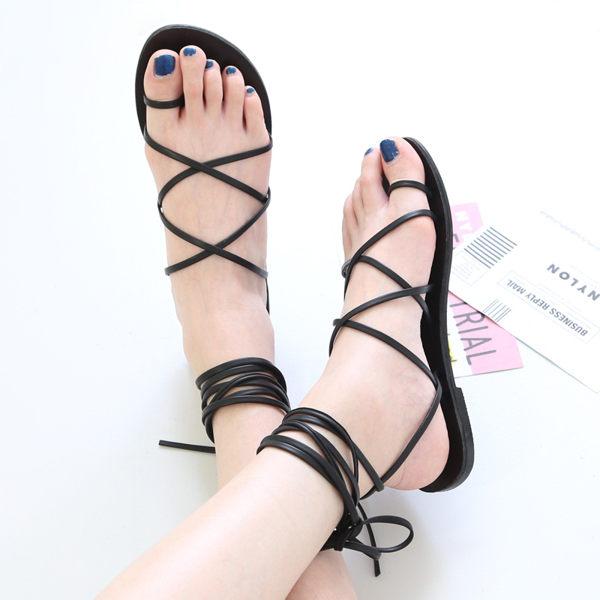 Sandal Wanita Bertali Terbaru Desain Cantik & Modern
