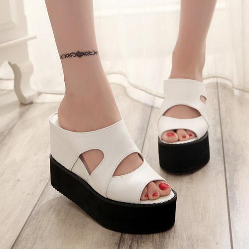 Sandal Wedges Terbaru Bahan Suede Cantik & Modern