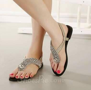 Model Sandal Teplek Terbaru dengan Aplikasi Mote Cantik Murah