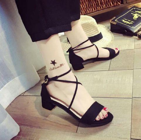 Sepatu Sandal Wanita High Heels Hak Tahu Murah dan Cantik