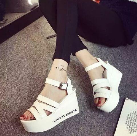 Sandal Wedges Model Terbaru Desain Cantik Modern Murah