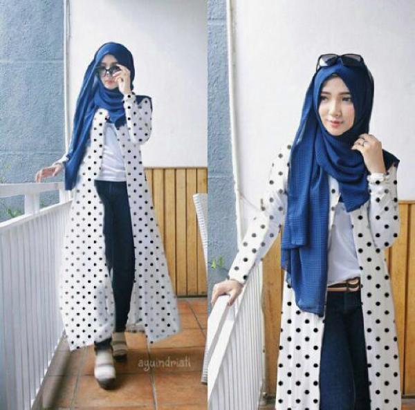 Setelan Baju Fashion Long Cardi Hijab Modis Terbaru Motif Polkadot