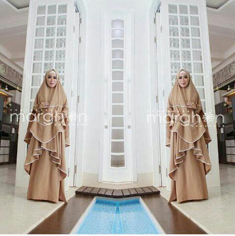 Model Busana Muslimah Gamis Syari Modern Terbaru Cantik Polos