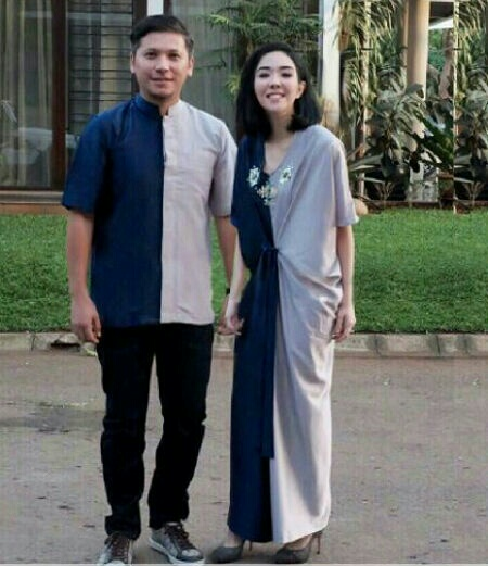 Model Baju Couple Long Dress Warna Kombinasi Unik Terbaru