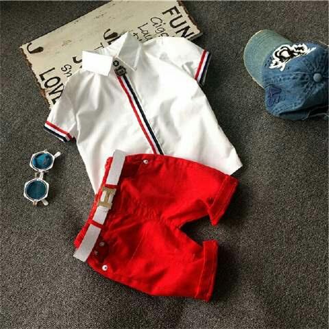 Setelan Baju Kaos dan Celana Pendek Anak Laki-laki Jaman Sekarang