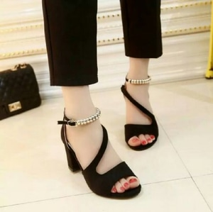 Sepatu Sandal High Heels Hak Tahu Cantik Modern Model Terbaru