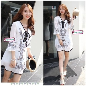 Baju Mini Dress Pendek Fashion Wanita Warna Putih Cantik Modern