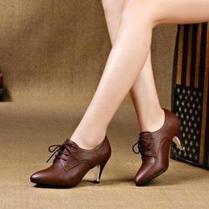 Sepatu Pantofel High Heels Bertali Modern Model Terbaru