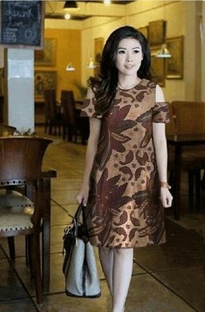 Baju Mini Dress Pendek Fashion Wanita Motif Batik Bahu Bolong Model Terbaru