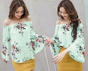 Model Baju Atasan Sabrina Wanita Motif Bunga Lengan Panjang Terompet Terbaru
