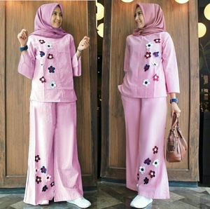 Setelan Baju dan Celana Kulot Wanita Panjang Muslimah Modis Model Terbaru Warna Pink