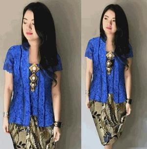 Setelan Baju Kebaya Kutubaru Brukat dan Rok Batik Pendek