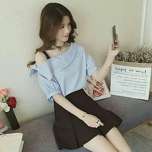 Baju Atasan Blouse Wanita Bahu Bolong Lengan Pendek
