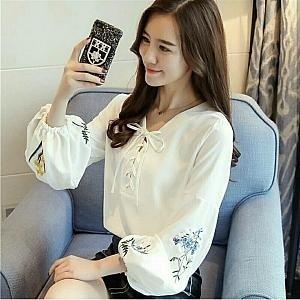 Baju Atasan Wanita Blouse Warna Putih Modis Terbaru