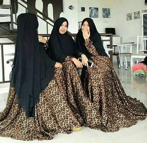 Pakaian Setelan Hijab Baju Gamis Syari Motif Macan (Leopard)