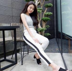 Model Celana Panjang Pants Wanita Warna Putih