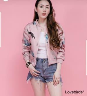 Model Jaket Wanita Keren Motif Gambar Burung Terbaru