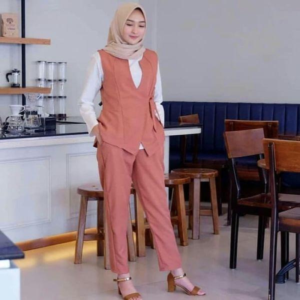 Setelan Baju Muslim dan Celana Panjang Rompi Modern
