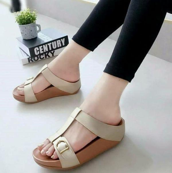 Sandal Wedges Wanita Simple Cantik Model Terbaru