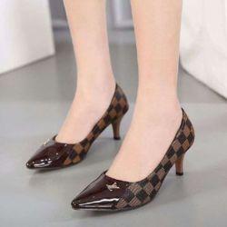 Sepatu High Heels Wanita Motif LV Terbaru Murah