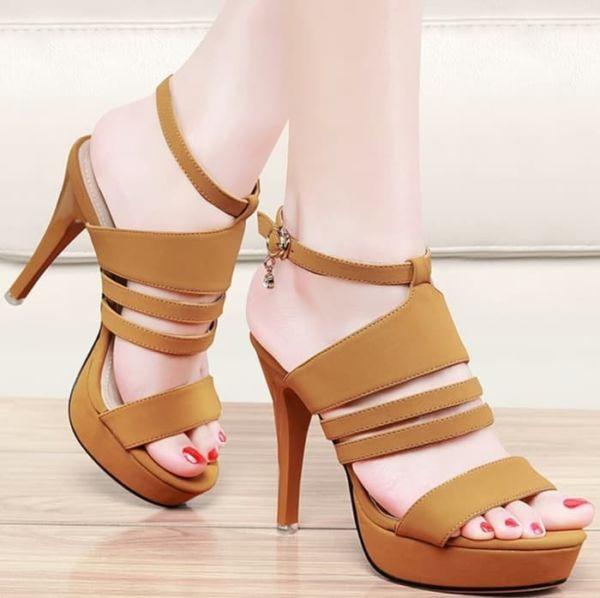 Sepatu Sandal High Heels Tinggi Pesta Model Terbaru