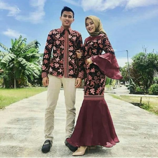 Baju Couple Gamis Mermaid Duyung & Kemeja Batik