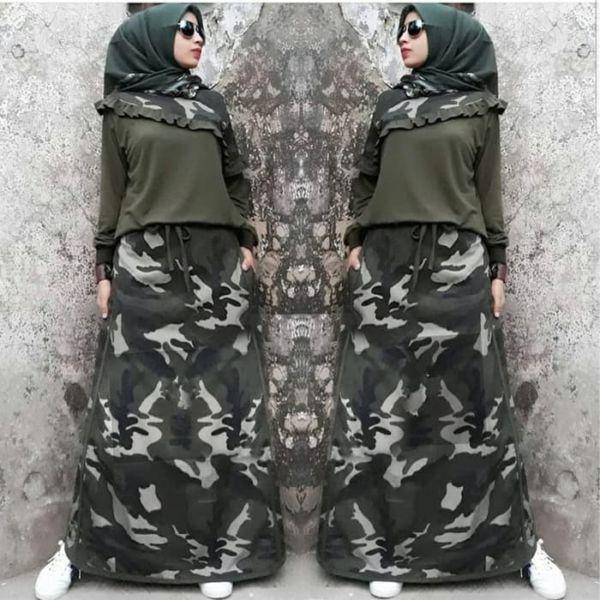 Setelan Baju dan Rok Muslim Wanita Motif Army