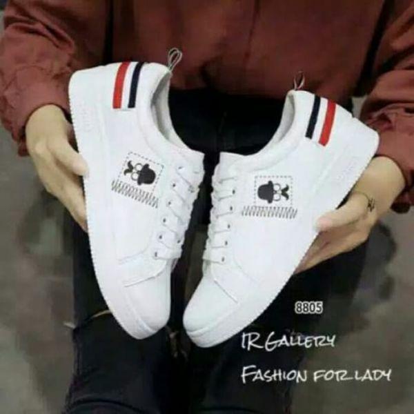 Sepatu Kets Putih Wanita Keren Model Terbaru