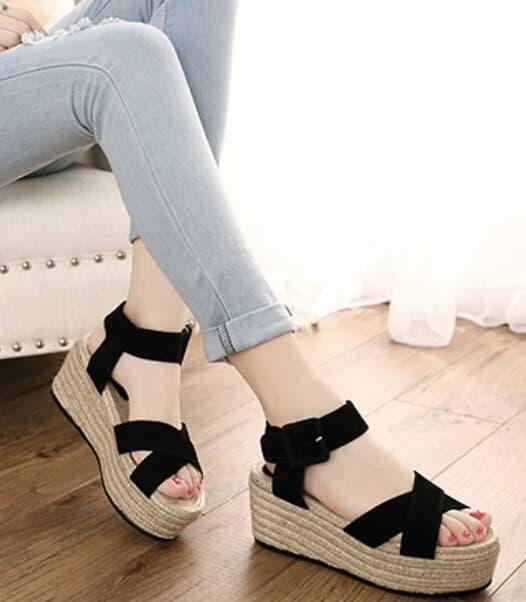 Sepatu Sandal Wedges Cantik Model Terbaru Murah