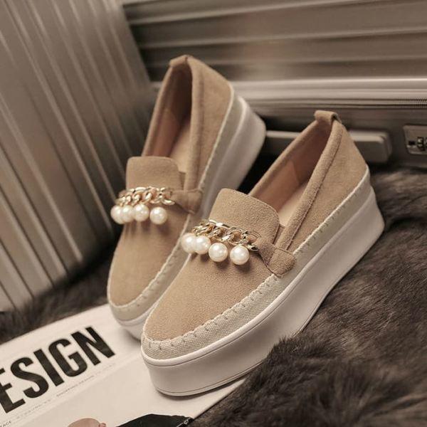 Model Sepatu Slip On Wanita Terbaru Cantik Murah