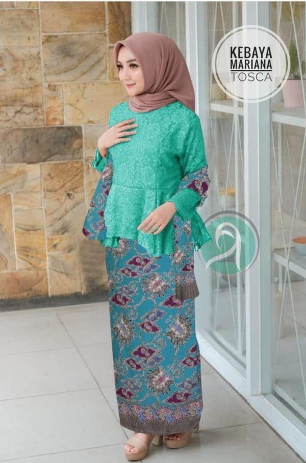 Setelan Baju Kebaya Brukat Rok Batik & Slendang
