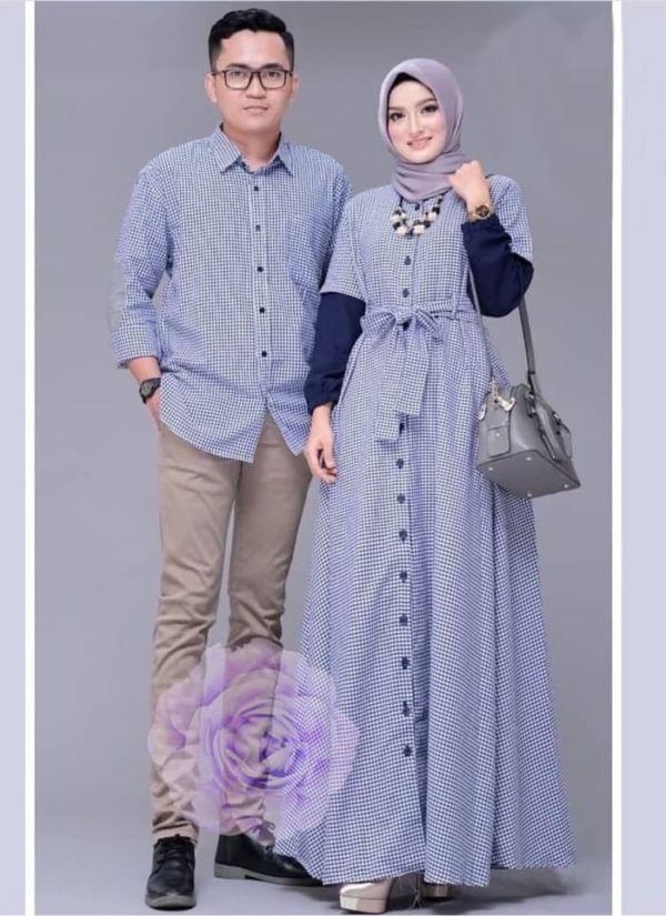 Baju Couple Gamis dan Kemeja Kotak Model Terbaru