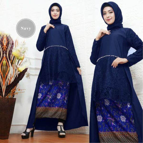 Setelan Baju Kebaya Panjang dan Rok Batik Cantik