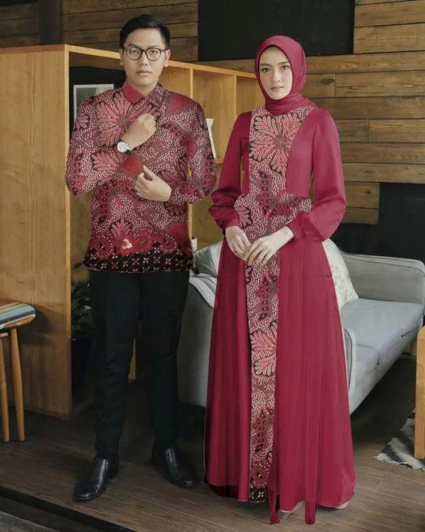 Baju Couple Gamis dan Kemeja Panjang Batik