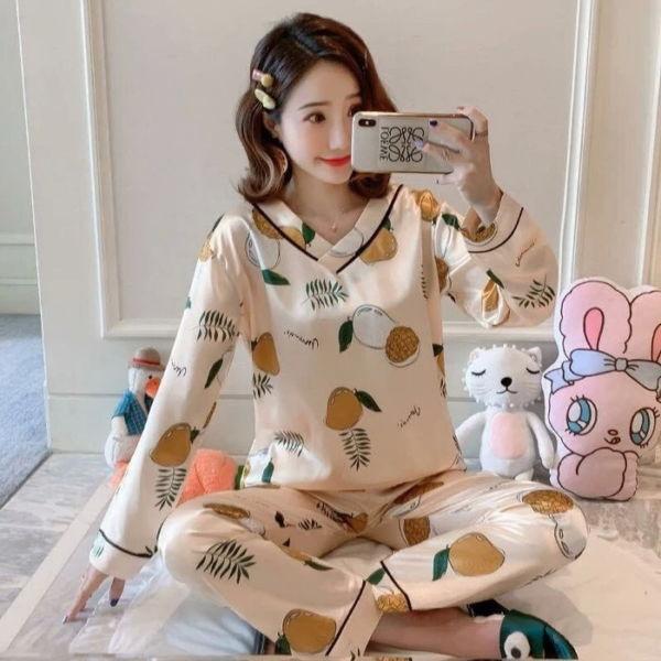 Setelan Baju Tidur Lengan Panjang Motif Cantik