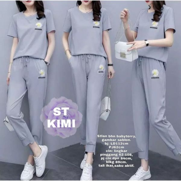 One Set Baju Kaos Lengan Pendek dan Celana Modis