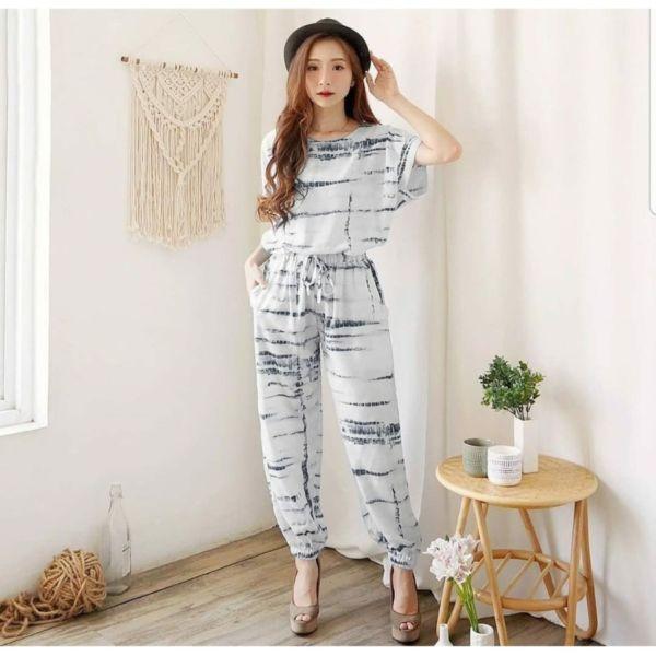 One Set Homewear Setelan Baju dan Celana Jogger