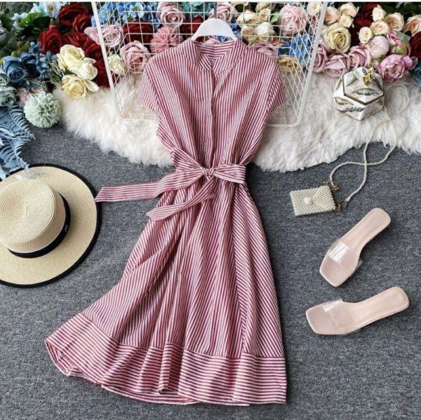 Baju Dress Pendek Motif Garis-Garis Salur Modern