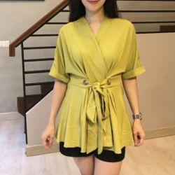 Model Baju Atasan Wanita Blouse Lengan Pendek